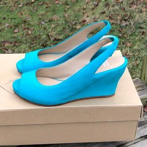 Eileen Fisher teal leather peep toe wedges
